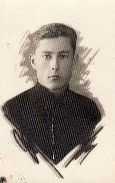 Panevėžio gimnazisto K. Mackevičiaus portretas