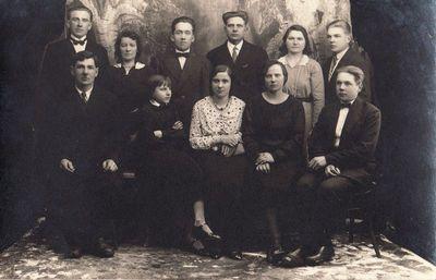 Eidžionių (Rokiškio apskr.) pradžios mokyklos artistai