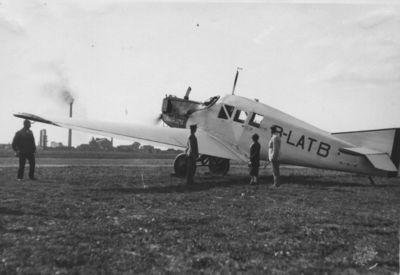 Keleivinis lėktuvas B-LATB Klaipėdos aerodrome