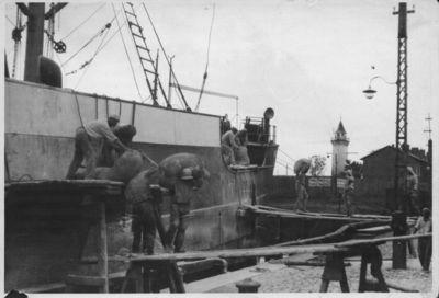 Klaipėda. Krovos darbai uoste