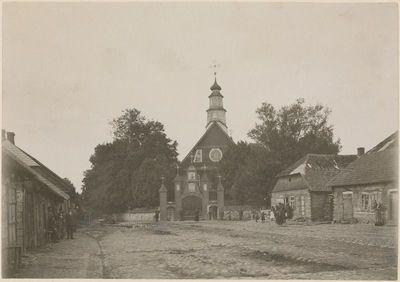 Medinė Varnių Šv. Aleksandro bažnyčia