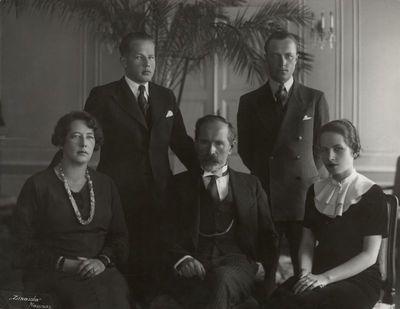 Smetonų šeima