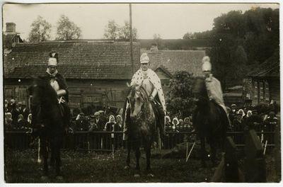 Persirengėliai Antalieptėje: Vytautas Didysis su savo bajorais ant žirgų