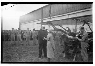"Klaipėdoje pastatyto pirmojo sklandytuvo ""Zogling R. R. G.23 Memel"" krikštynos"