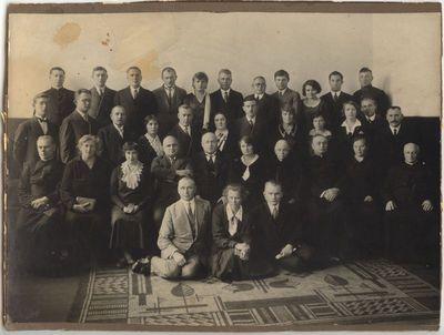 Marijampolės Rygiškių Jono gimnazijos mokytojai. ~1925 -30m.