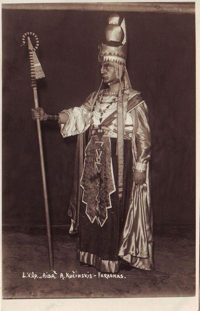 Antanas Kučingis - Faraonas Džiuzepės Verdžio operoje Aida