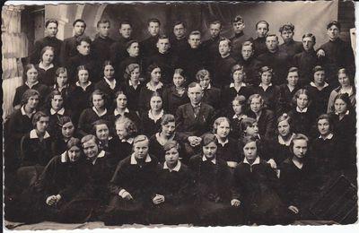 Marijampolės Rygiškių Jono gimnazijos  choras .1931- 32 mokslo metai