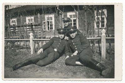 Lietuvos kariuomenės kariai