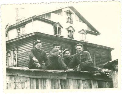 Intos lagerių politiniai kaliniai