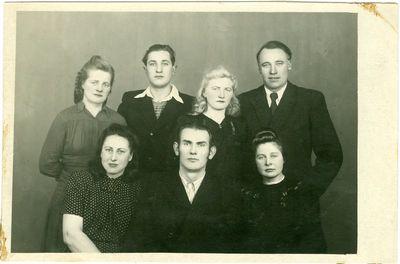 Lietuviai politiniai kaliniai Intoje