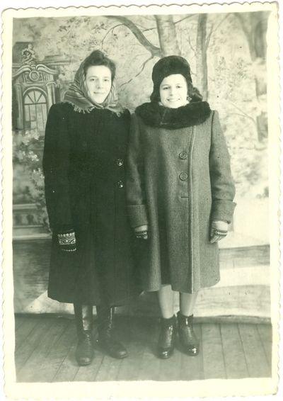 Politinė kalinė Bronė Gedvilaitė (Bekerienė) – pirmoji iš dešinės