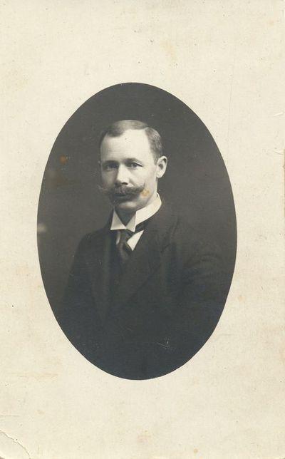 Edvardo Neverausko portretas