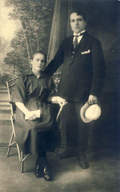V. Šleivytė su broliu Steponu