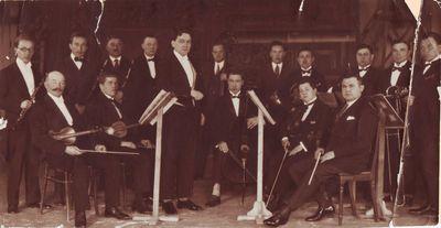 Ferdinando Virzingo vadovaujamas orkestras