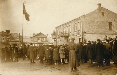 Gimnazistų eisena Bažnyčios gatvėje
