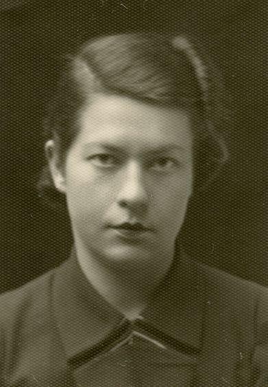 Gražutė Šlapelytė, gimnazijos mokytoja