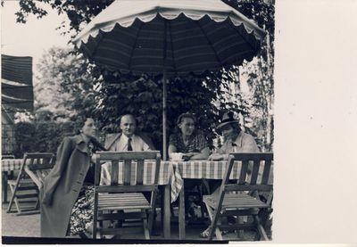 Kairėje Veronika Šleivytė