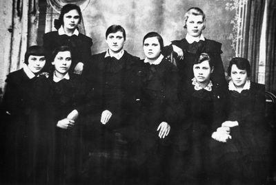 Švenčionių gimnazijos 7 klasės mergaitės
