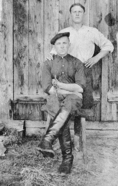 Jonas Zinkevičius su draugu Viktoru Krutkevičiumi