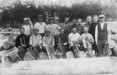 Darbininkai geležinkelio Švenčionėliai-Pabradė tiesimo metu