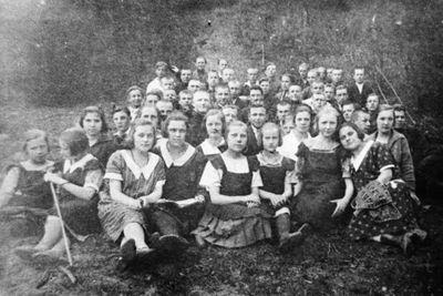 Švenčionių lietuvių gimnazijos mokiniai ekskursijos metu