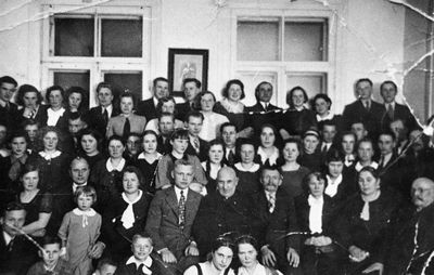 Vasario 16-osios minėjimas Švenčionių lietuvių gimnazijoje