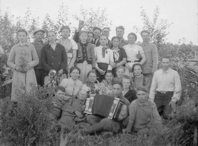 Kukutėlių kaimo jaunimas