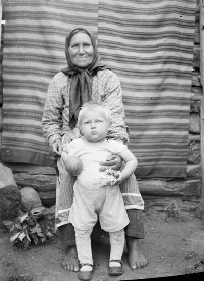 Močiutė su anūku