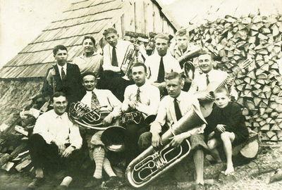 Švenčionių miesto Juzefo Pilsudskio gimnazijos orkestras. Dabar Zigmo Žemaičio gimnazija