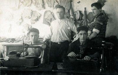Salantų batsiuvių dirbtuvėje
