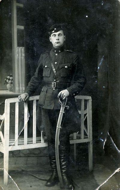 Alfredas Sendrauskas (1903–1947), Lietuvos kariuomenės kavaleristas