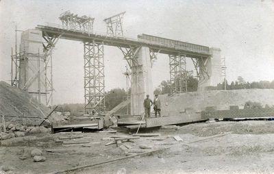 Kūlupėnų geležinkelio tilto per Salanto upę statyba