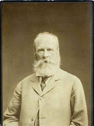 Nežinomo seno barzdoto aristokrato portretas
