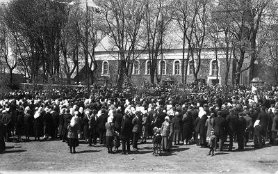 Lietuvos Nepriklausomybės 10-mečio paminklo atidengimo šventė Darbėnuose
