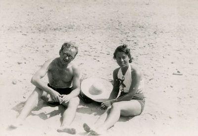 Gražutė ir Aloyzas paplūdimyje
