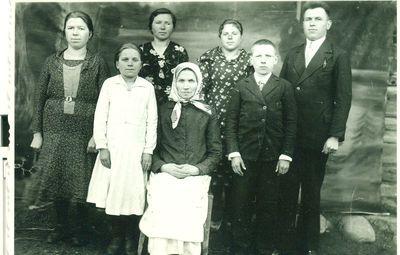 Karazijų šeima Paberžiuose