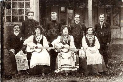 Šiaulių apskirities Papilės miestelio mėgėjai artistai