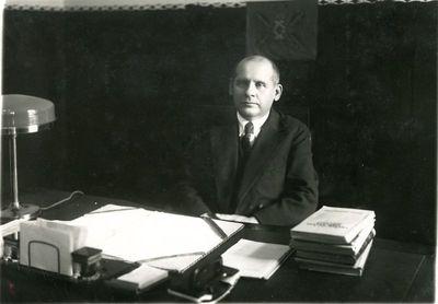 Aušros mergaičių gimnazijos direktorius Kazimieras Jokantas