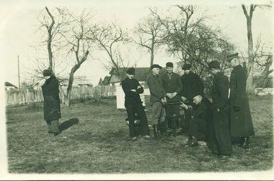 Kariniai parengimai Kupiškio žiemos žemės ūkio mokykloje