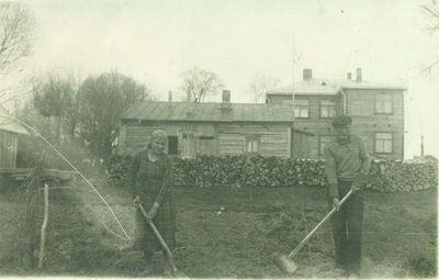 Kupiškio žiemos žemės ūkio mokyklos pastatas iš kiemo pusės