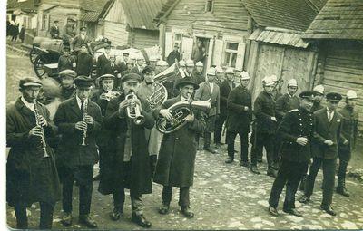 Dūdų orkestras ir ugniagesiai