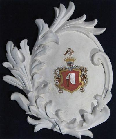 Gipsinis kartušas su Butrimų giminės herbu