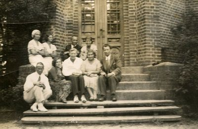 Grupė jaunuolių Palangoje