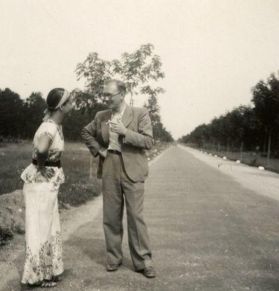 Gražutė Šlapelytė ir Aloyzas Sirutis Palangoje