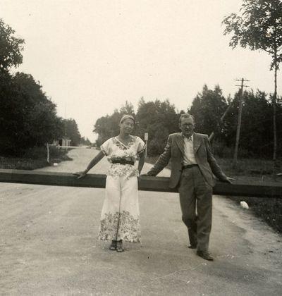 Gražutė Šlapelytė ir Aloyzas Sirutis poilsiauja Palangoje