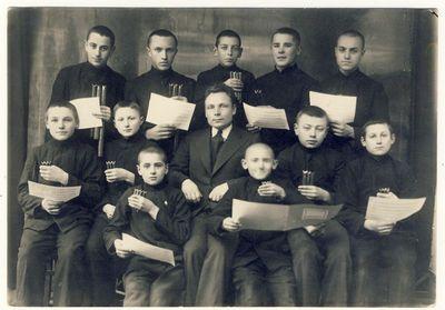Anykščių vidurinės mokyklos skudutininkai