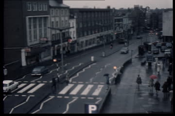 Traffic Observation Film: The Quadrant/Kew Road Richmond (Richmond South Area)
