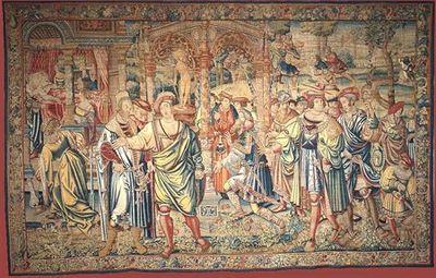 Ao centro da composição Laio, rei de Tebas, acompanhado pela sua comitiva, ajoelha à entrada do templo onde o oráculo lhe prediz que morrerá às mãos do filho nascido da rainha Jocasta. À esquerda, abre-se uma câmara, ocupada por um leito com baldaquino, onde se vê Jocasta, mulher do rei Laio. Em redor do leito, damas consolam a rainha pelo desaparecimento do filho recém-nascido. No plano superior, à direita, sob fundo de paisagem, os pastores abandonam Édipo, com os pés trespassados por uma cade...