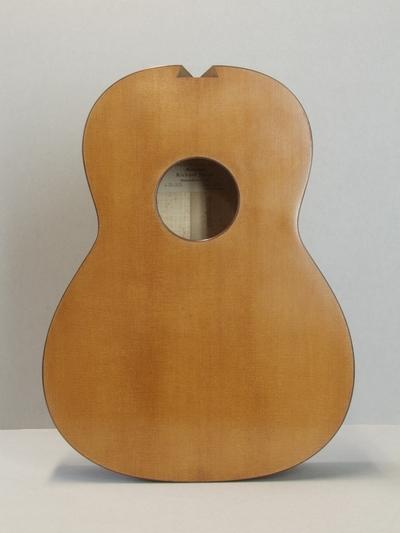 Gitarrenkorpus, Modell Torres