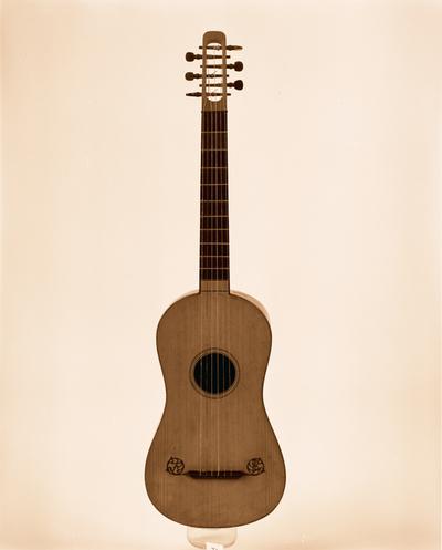 chitarra,a sei corde